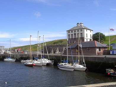 Eyemouth Harbour Schottland